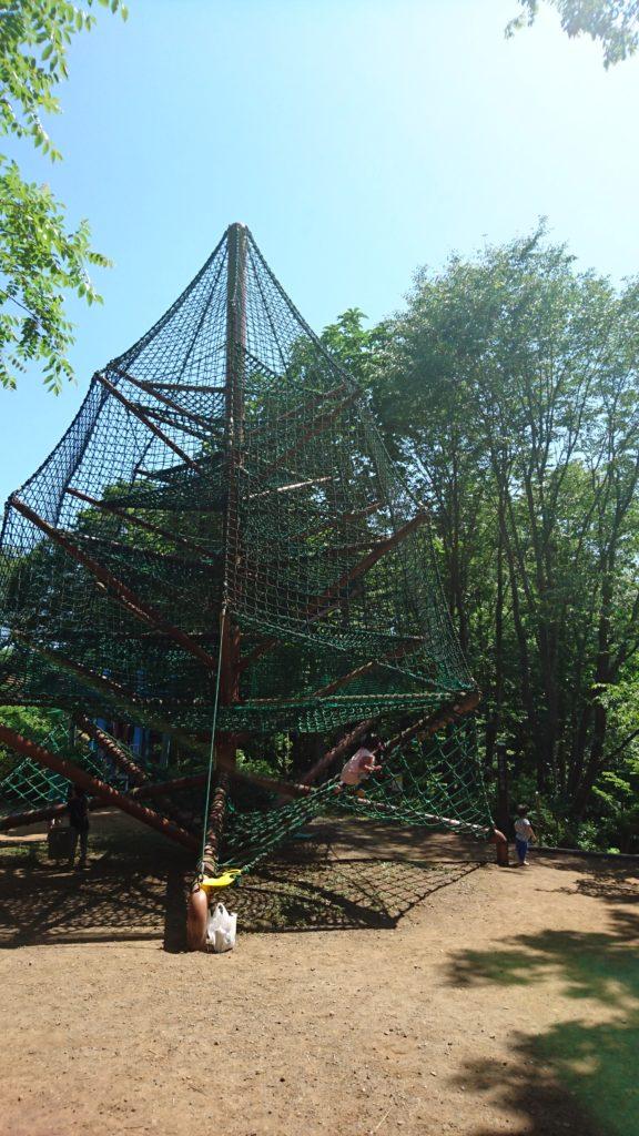 ビックツリーの遊具殿入中央公園八王子