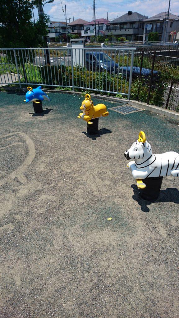 打越日向前橋南公園 遊具