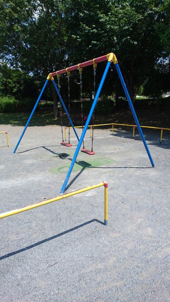 大片瀬公園 ブランコ 八王子市 遊具