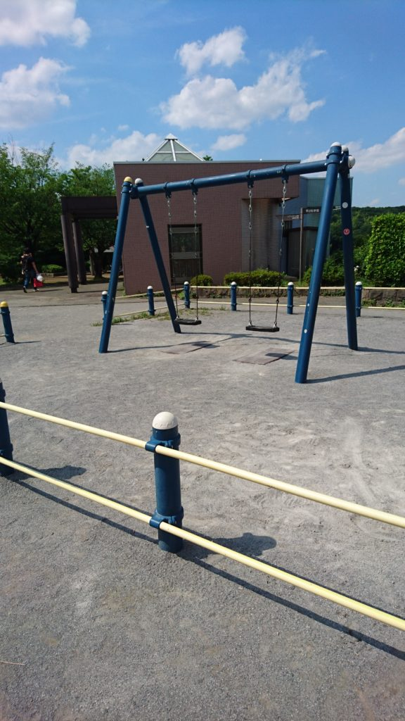 上柚木公園 ブランコ