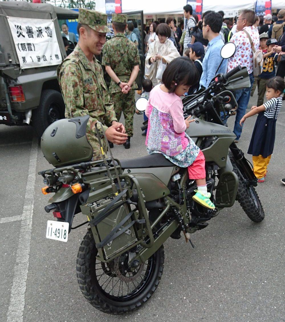 自衛官募集イベントバイク