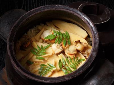 銀座 真田 SIXのおすすめランチ 炊き込みご飯
