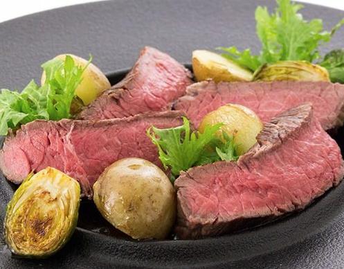 牛ザブトン肉と季節野菜のグリル エミット フィッシュバー コース料理 銀座シックスおすすめレストラン