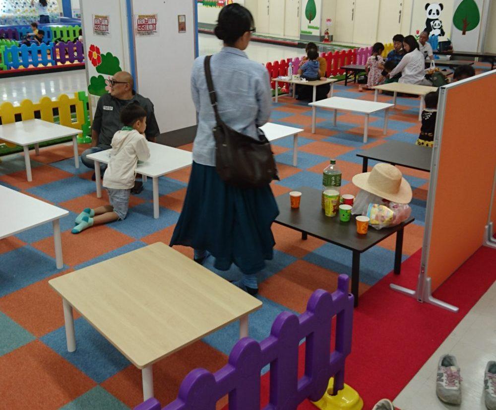 フードコート(飲食スペース)の混雑状況 東京あそびマーレ