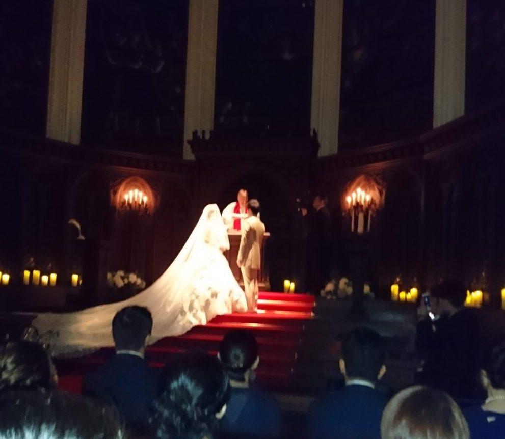 チャペルでの結婚式の様子 カサ・デ・アンジェラ青山(Casad' Angela Aoyama)