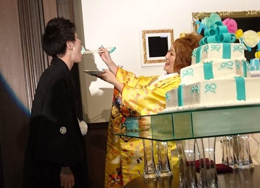 ケーキ入刀&ファーストバイト|カサ・デ・アンジェラ青山(Casad' Angela Aoyama)