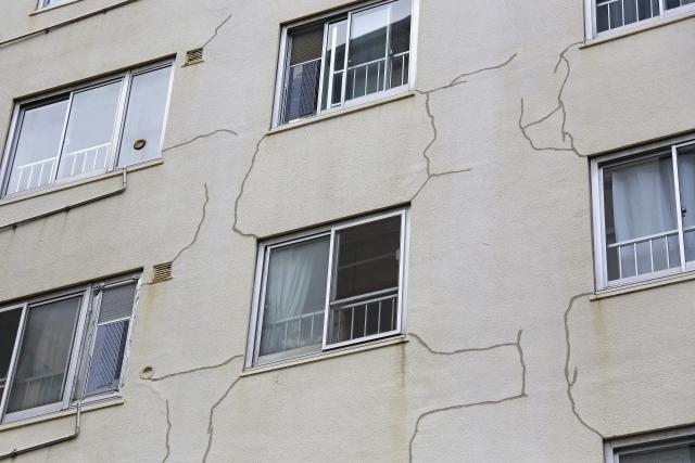 ひびの入ったマンション 欠陥住宅 賃貸トラブル