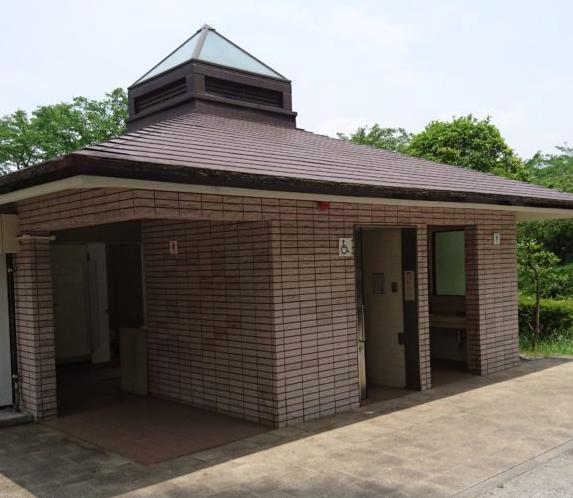 トイレ 綾南公園|八王子市おすすめ公園ランキング